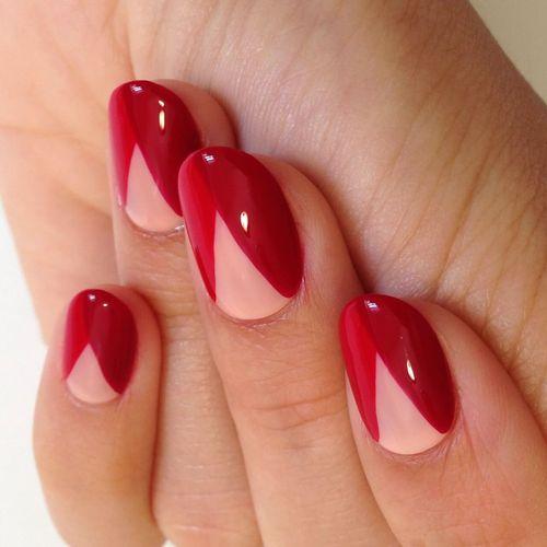 Маникюр красный лак на короткие ногти