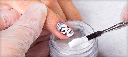 Как делается укрепление ногтей акриловой пудрой под гель-лак