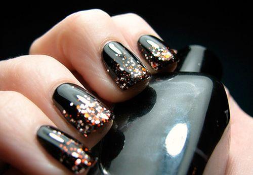 Идеи темного дизайна ногтей с помощью гель-лака