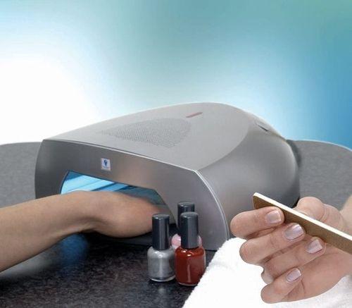 Виды и характеристики ламп для полимеризации гель-лаков