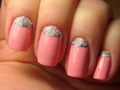 Розово-серебристые ногти